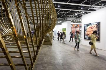 Feiras de Arte Contemporânea no Brasil: ações e estratégias para estimular a coleção de obras de Arte.