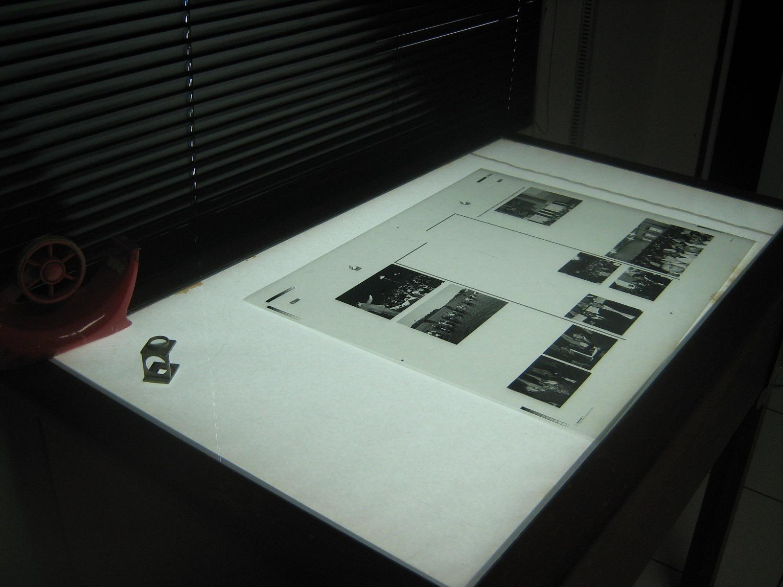 Exemplo de um fotolito pronto para ser utilizado em uma tela de serigrafia.