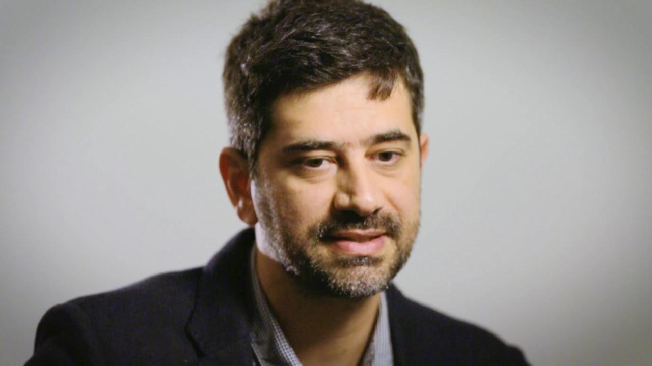 Josué Mattos - Curador