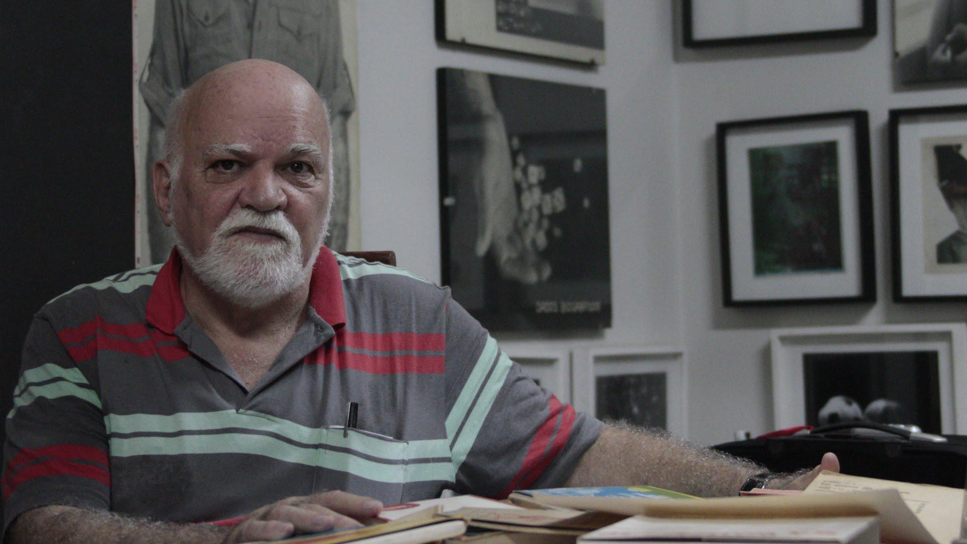 Paulo Bruscky - Artista