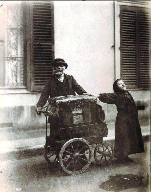 Eugène Atget s Joueur d Orgue (1898-1899) sold for $686,500 in 2010